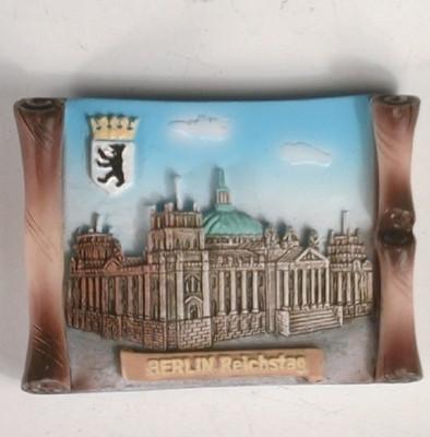 24872 Magnet: Berlin Reichstag