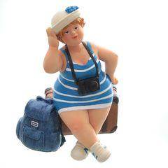 25808  Touristin, sitzend, blau/weiß,