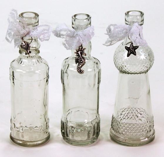 26754 Glasflaschen m. Spitzenband,